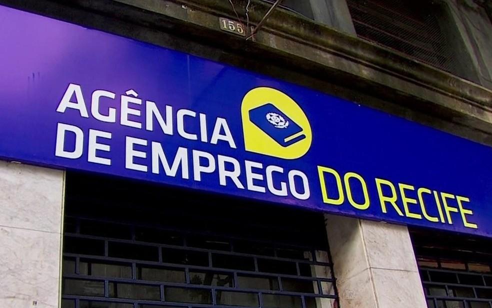 Agência de Emprego do Recife fica no Centro da cidade — Foto: Reprodução/TV Globo