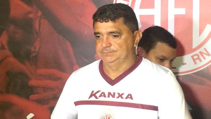 América-RN - Flávio Araújo - técnico (Foto: Luiz Henrique/GloboEsporte.com)