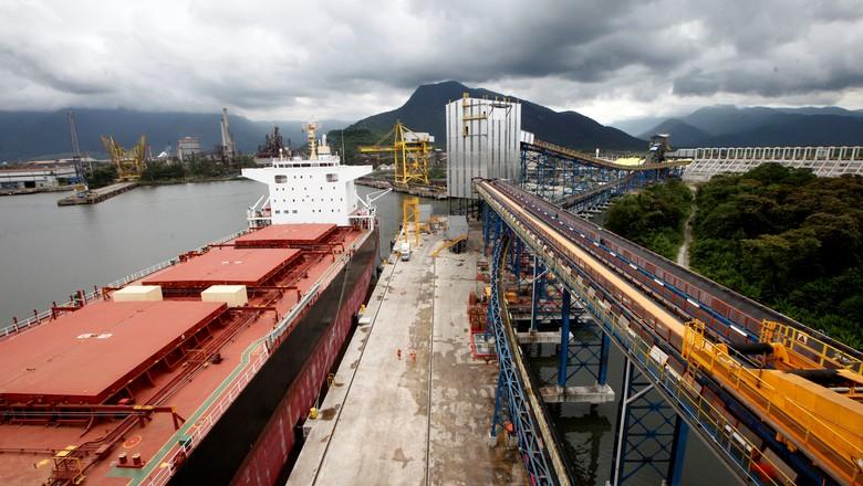 Embarques de soja (Foto: REUTERS/Paulo Whitaker)