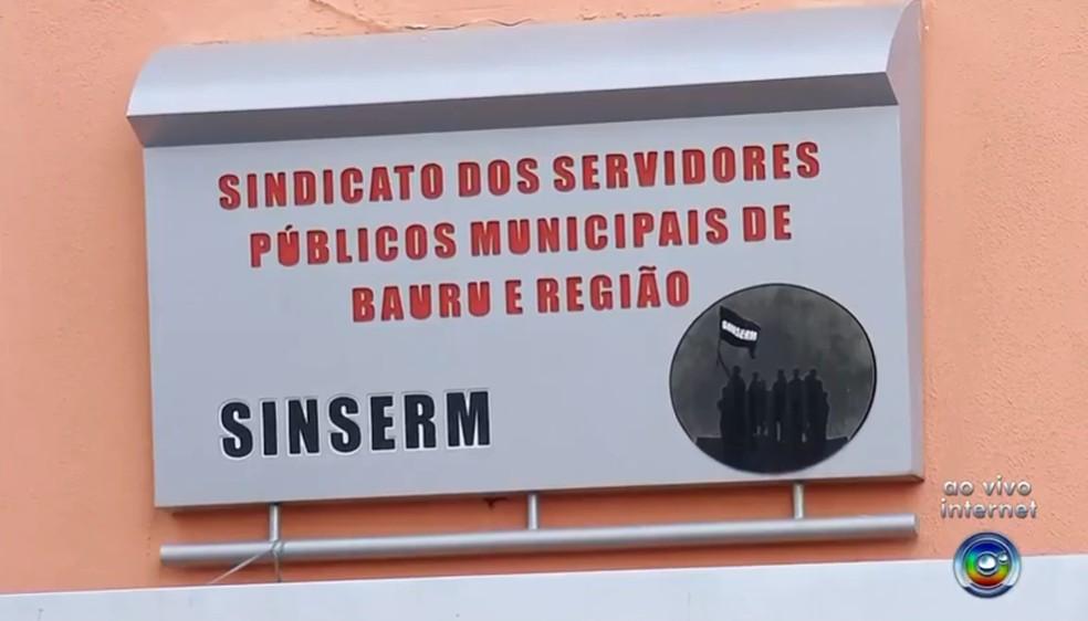 Servidores municipais de Bauru entram em greve nesta terça-feira — Foto: TV TEM/Reprodução