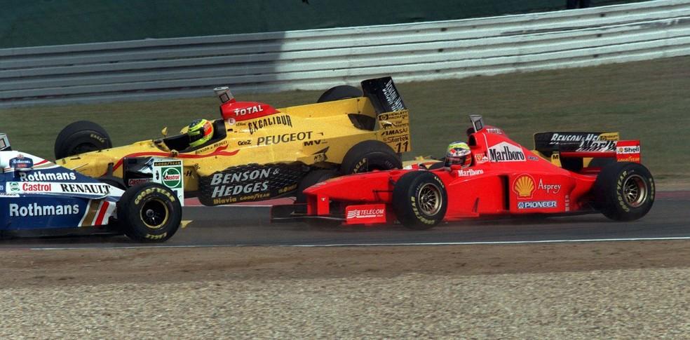 Ralf Schumacher fez lambança e tirou irmão Michael no GP da Europa de 1999 — Foto: Getty Images