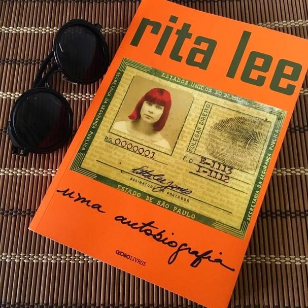 Livro Rita Lee - Uma Biografia, da Globo Livros (Foto: Reprodução/Instagram)