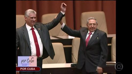 Novo presidente de Cuba toma posse e promete fidelidade ao legado de Fidel