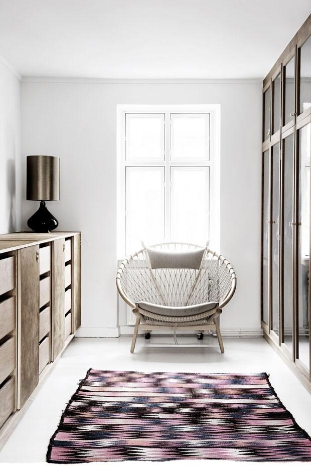 Poltronas decorativas: veja dicas de como usar na decoração da sua casa (Foto: Reprodução/Divulgação)
