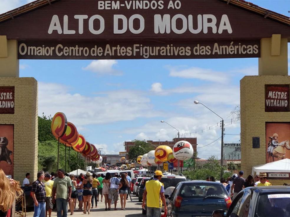 Violência tem atrapalhado a população do Alto do Moura  (Foto: Katherine Coutinho/G1)