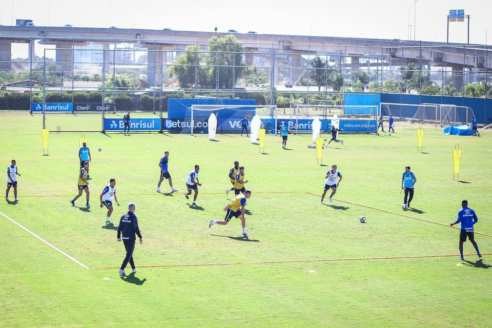Treino de Tiago Nunes no Grêmio — Foto: Lucas Uebel/Grêmio