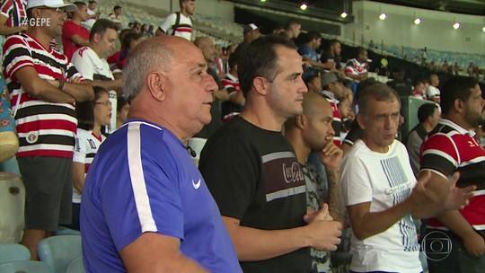 Pai de Pipico vive dia de emoção ao ver o filho no Maracanã pela primeira vez