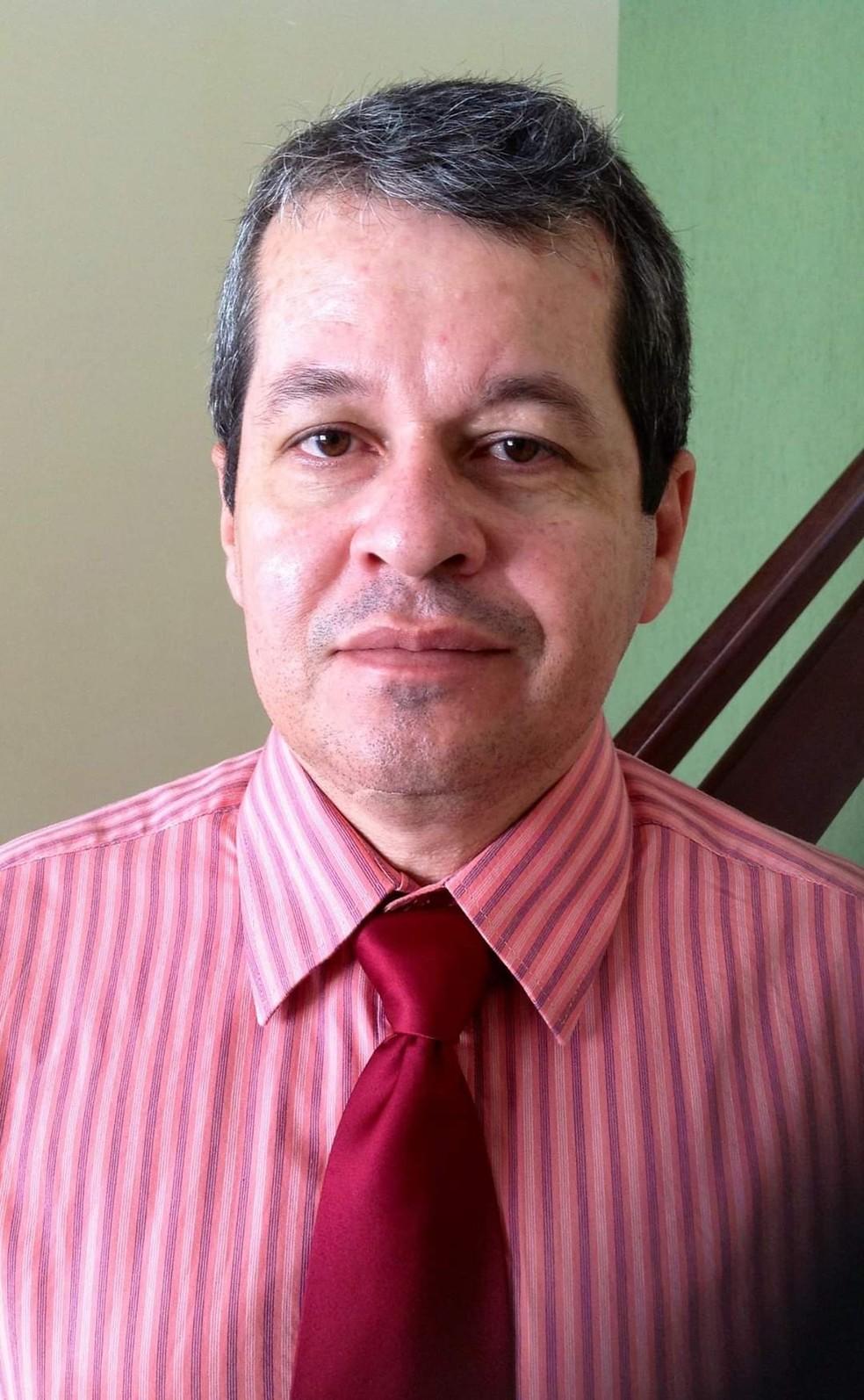 O médico George Gonzaga Bezerra, de 55 anos, morreu nesta quarta-feira (12) com diagnóstico de Covid-19 em Natal — Foto: Cedida
