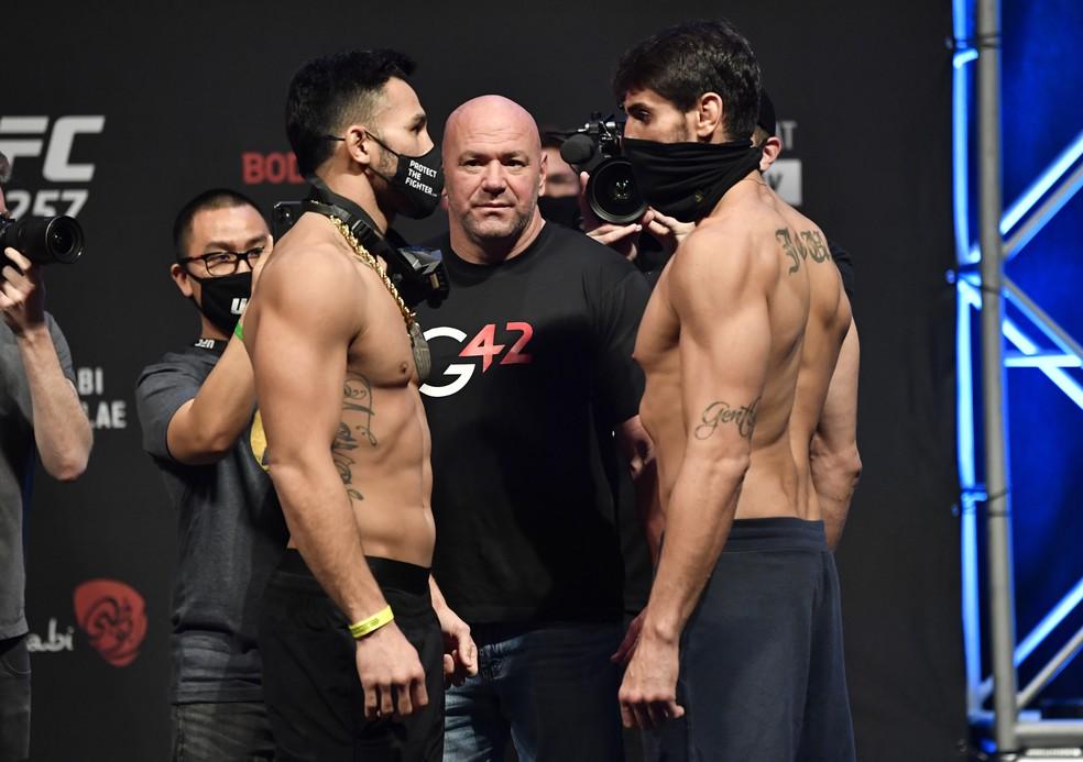 Brad Tavares e Antônio Cara de Sapato farão a quinta luta do card preliminar  — Foto: Jeff Bottari/Zuffa LLC