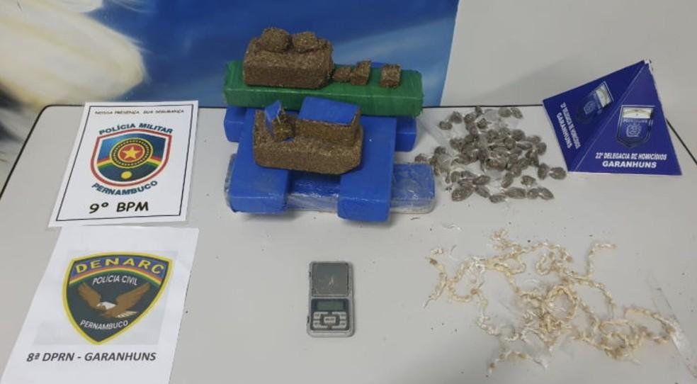 Polícia Civil apreende 6 kg de maconha e 170 pedras de crack em Garanhuns — Foto: Portal Agreste Violento/Reprodução
