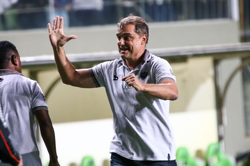 Diego Aguirre, técnico do Atlético-MG, comemora gol de Cazares (Foto: Bruno Cantini /Flickr do Atlético-MG)