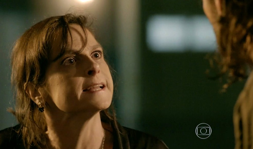 Cora (Drica Moraes) manda Jairo (Julio Machado) matar Fernando (Erom Cordeiro) - 'Império' — Foto: Globo