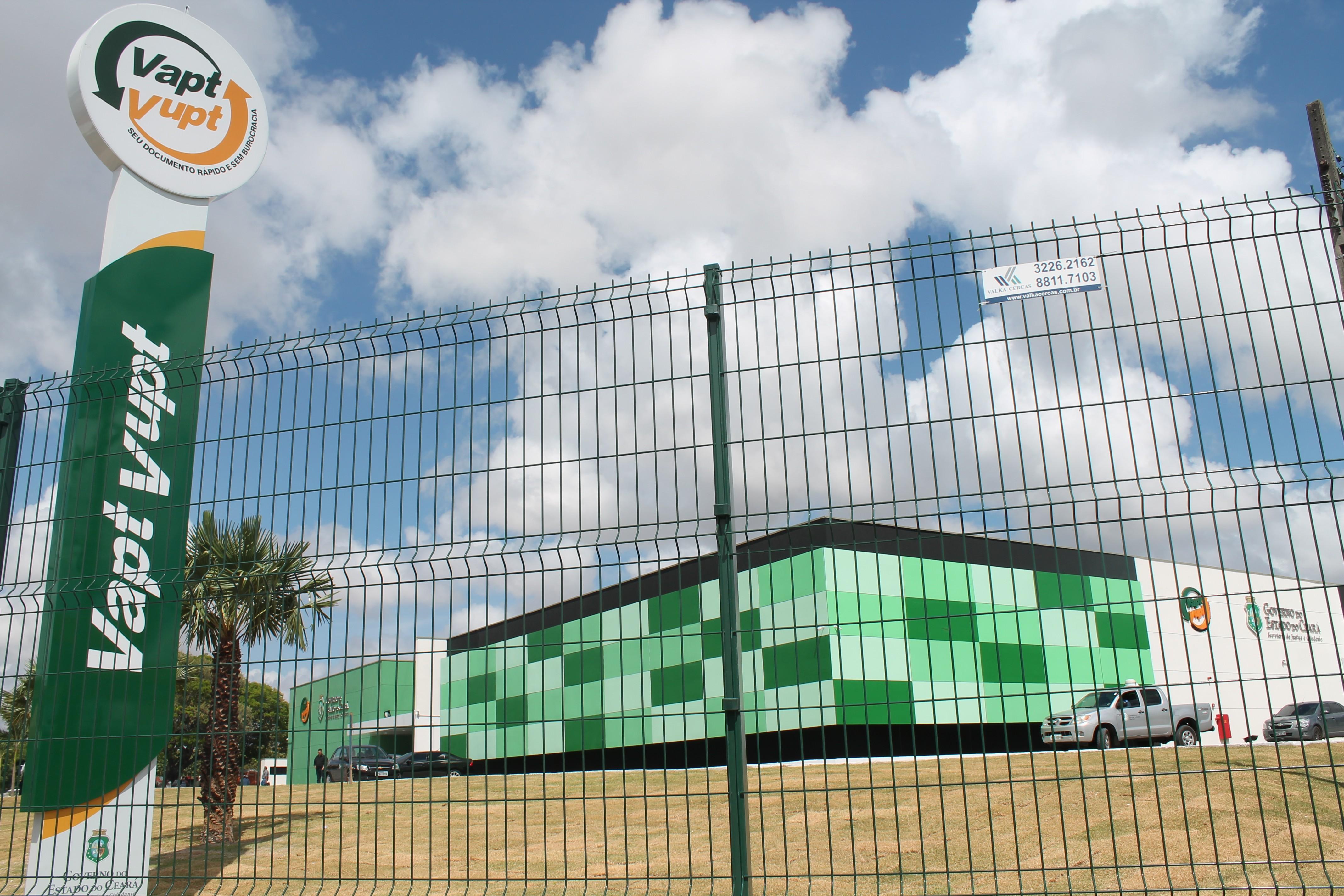 Unidades Vapt Vupt de Fortaleza, Sobral e Juazeiro do Norte realizam emissão gratuita de documentos e cadastro para vacina contra Covid-19