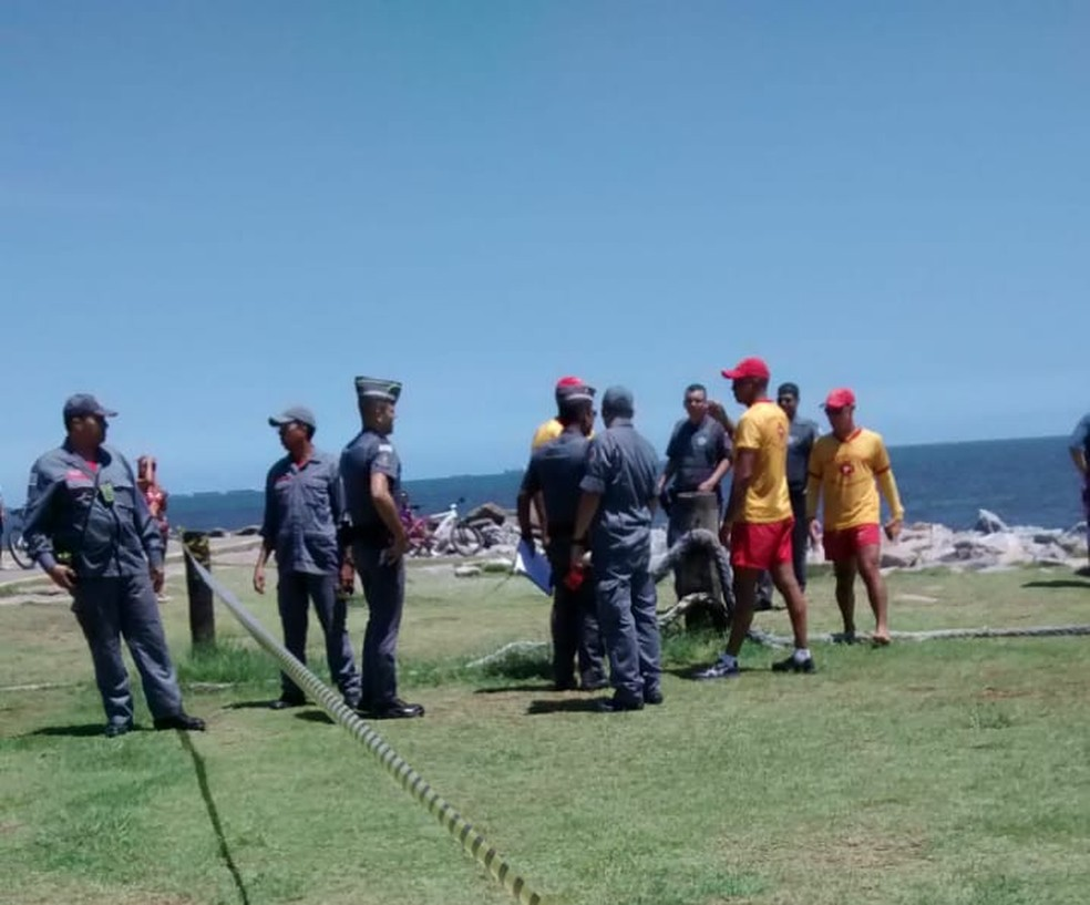 A Polícia Militar e o Corpo de Bombeiros foram acionados por testemunhas. — Foto: André Belmiro