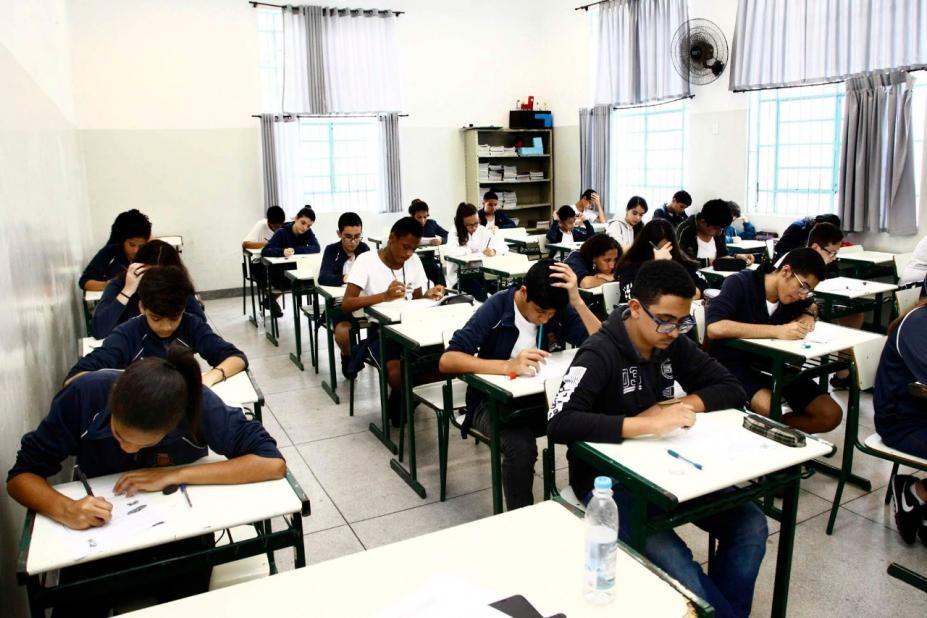 Número de alunos transferidos de colégios particulares para escolas estaduais de SP dobra durante a pandemia