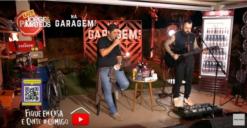 Jorge e Mateus fazem live com mais de 4 horas de duração — Foto: Reprodução/Youtube