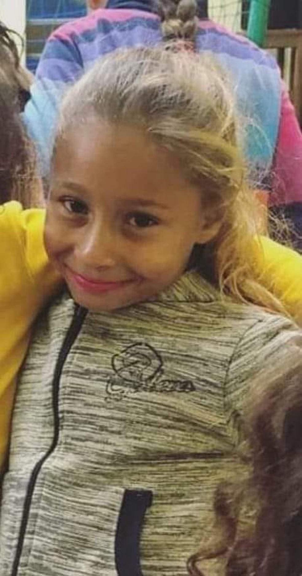 Emanuelle foi encontrada morta em área rural após desaparecer enquanto brincava em praça em Chavantes — Foto: Arquivo pessoal