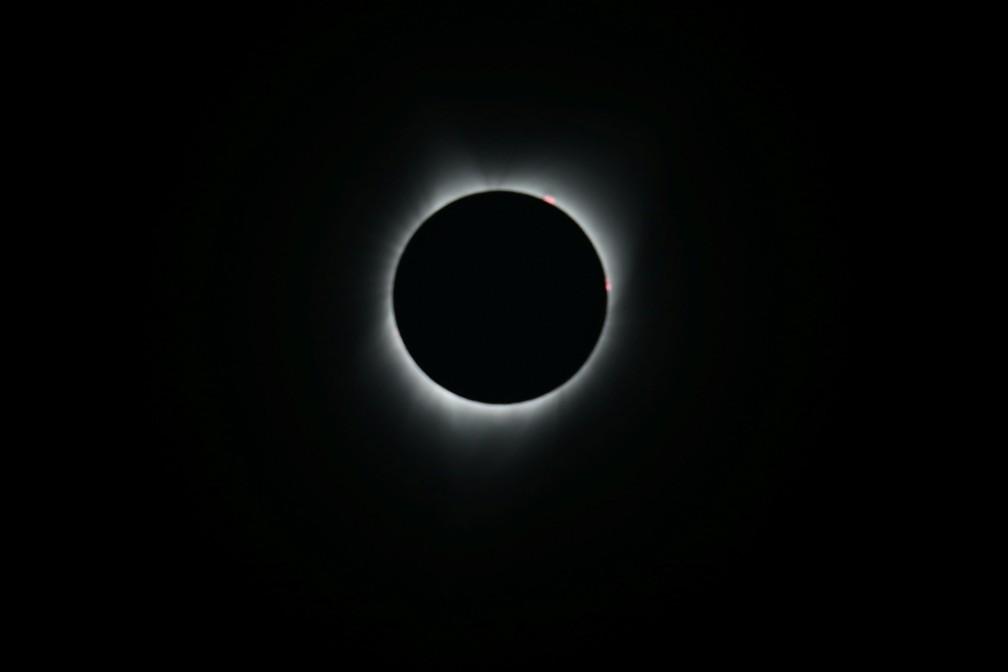 Eclipse solar em Depoe Bay, Oregon, nos EUA no último dia 21 de agosto. Eclipses, como o do último 21 de agosto, eram interpretados por culturas antigas como presságio de eventos negativos (Foto: Reuters/Mike Blake)