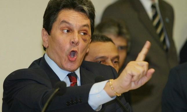 Roberto Jefferson em depoimento à CPI dos Correios, em 2005