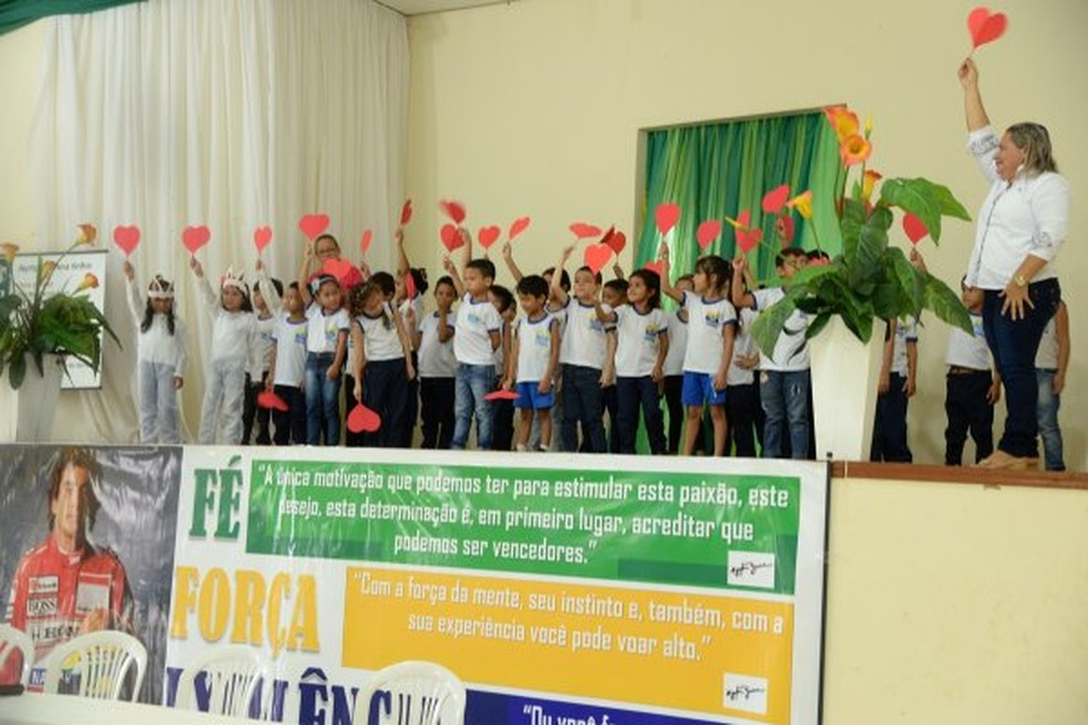 -  Crianças durante abertura do evento na Escola de Artes Emir Bemerguy  Foto: Agência Santarém/Divulgação