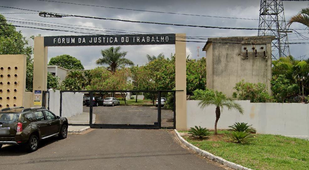 Mulher será indenizada após ser difamada pelo ex-patrão e perder o marido em Araxá