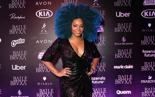 Juliana Alves no Baile da Bruxa