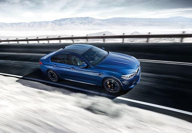 O design inovador do BMW Série 5 traz contornos mais agressivos e elegantes  (Foto: Divulgação)
