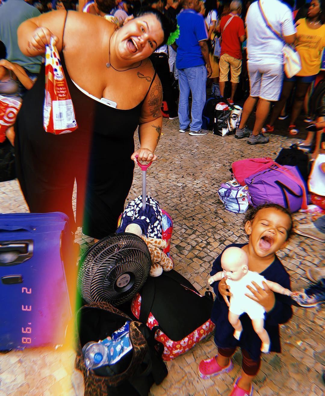 a02640a0d Thais Carla e filha (Foto  Instagram Reprodução)