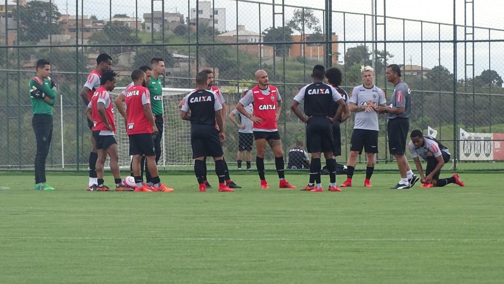 Atlético-MG ainda não fez nenhum coletivo, mas já dá para ter uma ideia do time titular no início do ano (Foto: Rafael Araújo)