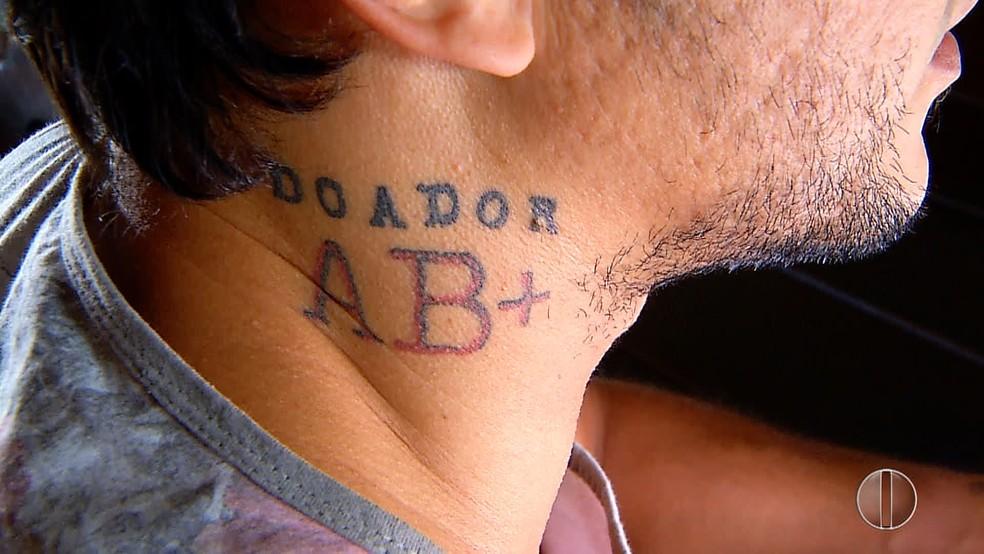 Tatuagem funcional ajuda pessoas em situações de risco (Foto: Reprodução/InterTv Cabugi)