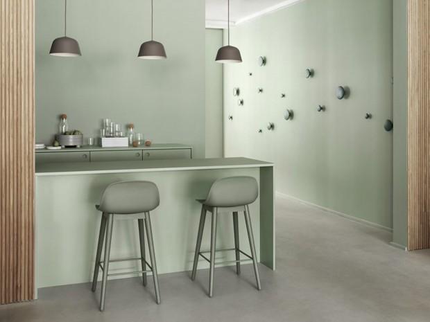 Décor do dia: verde menta na cozinha monocromática (Foto: Divulgação)