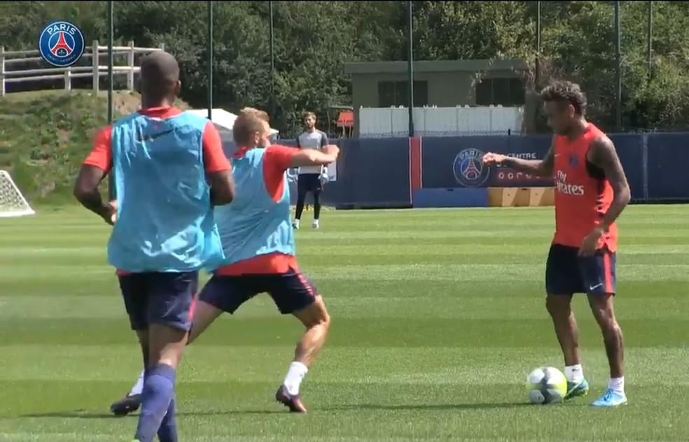 Neymar, durante treino pelo PSG (Foto: Reprodução/PSG)