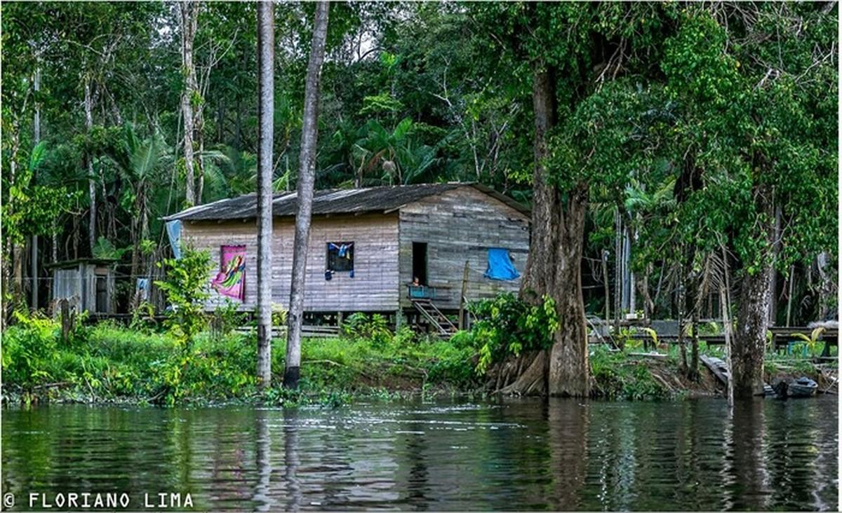 Exposição 'Minha Aldeia' reúne fotografias inspiradas no cotidiano amapaense
