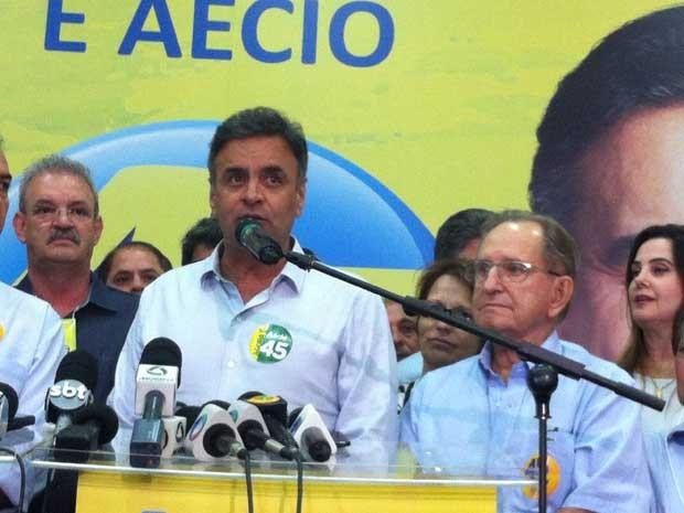 Aécio Neves concede entrevista coletiva em Campo Grande (MS) (Foto: Gabriela Pavão / G1)