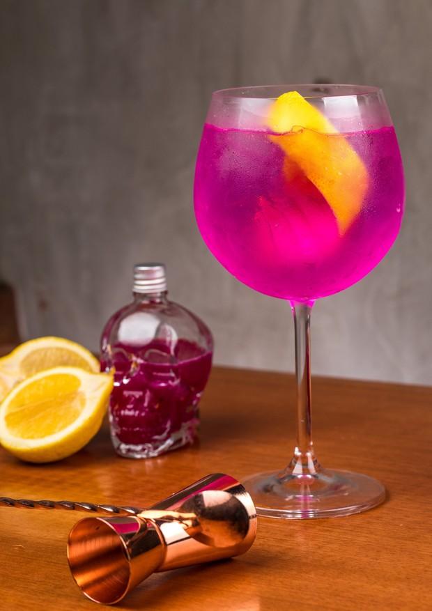 Drinque com  vermouth,  soda de limão e espumante, do novo Beef Bar Escondido (Foto: Divulgação)