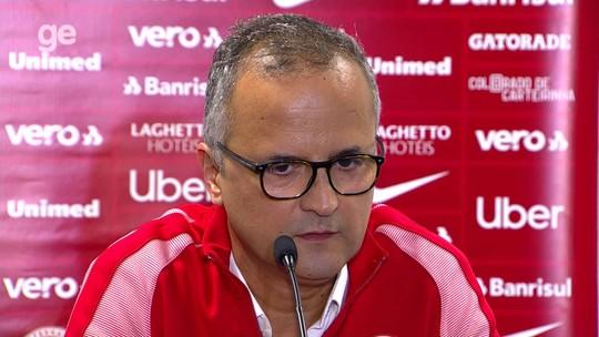 Confira a entrevista coletiva do vice  Roberto Melo após o Gre-Nal
