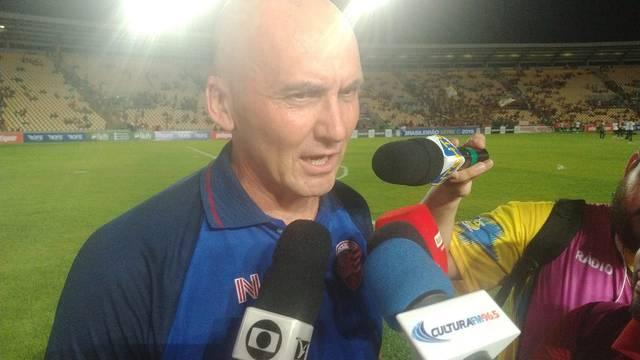 Dal Pozzo dá entrevista após conquista do título