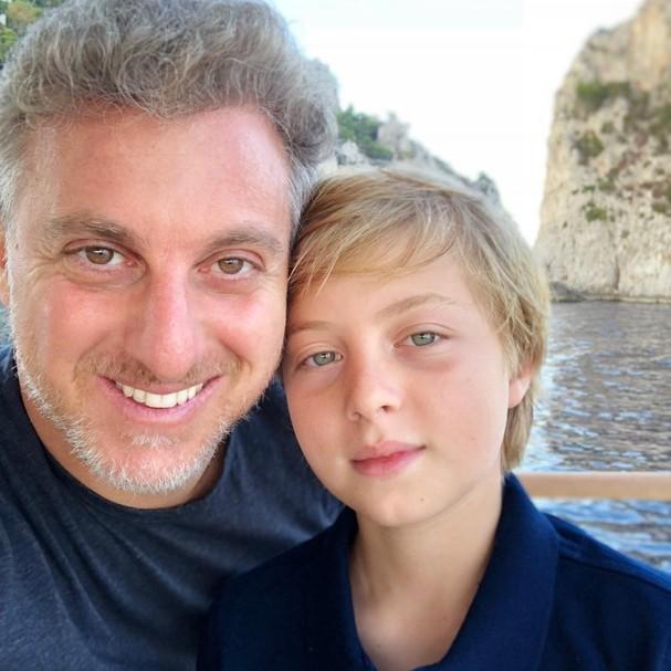 Luciano Huck e o filho (Foto: Reprodução)
