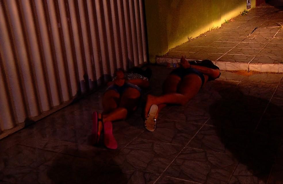 Duas mulheres foram presas na ação — Foto: Reprodução/Inter TV Cabugi