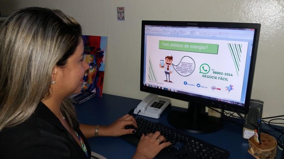 Pâmela Nascimento, gerente de combate à inadimplência da CEA  (Foto: Rita Torrinha/G1)