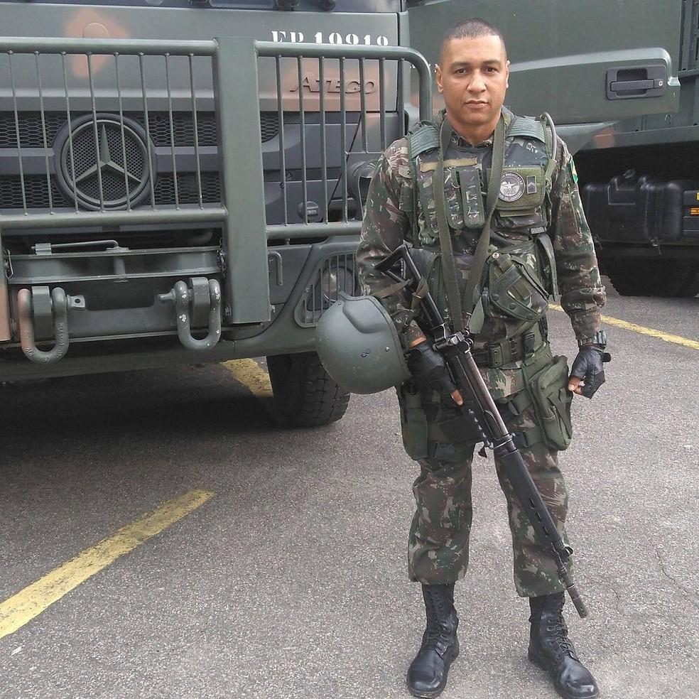 Militar Fabiano Santos foi ferido no ombro e não resistiu (Foto: Reprodução/ Redes sociais)