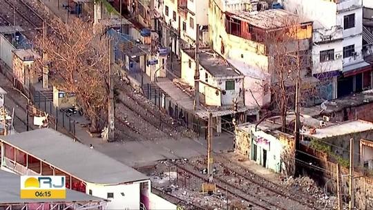 Tiroteio interrompe circulação de trem na estação Jacarezinho no Rio