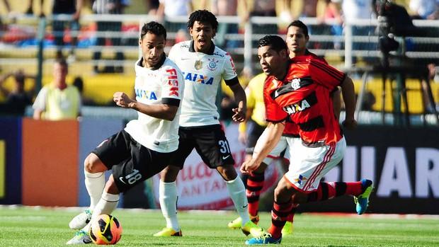 André Santos Flamengo ibson corinthians Brasileirão (Foto: Marcos Ribolli / Globoesporte.com)