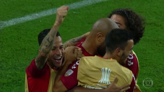 Invicto, Inter carimba 1º lugar do grupo e persegue melhor campanha na Libertadores
