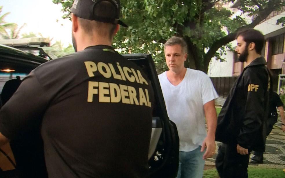 Marco Antônio de Lucca foi preso por agentes da PF em Ipanema (Foto: Fernanda Rouvenat / G1)