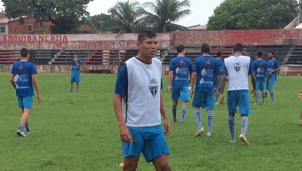 Erandir, ídolo no Fortaleza, vestiu a camisa do Ferroviário nesta temporada no Cearense (Foto: Raíssa Feijó/Ferroviário)