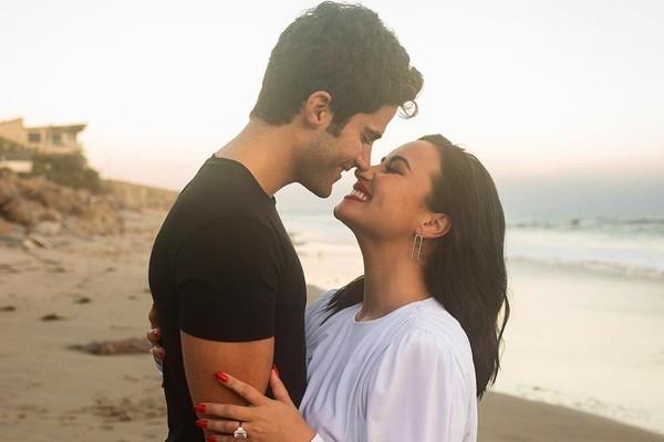 Max Ehrich e Demi Lovato (Foto: Reprodução / Instagram)