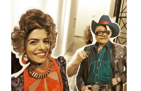 Fernanda e Fafy brincam em bastidor de peça teatral Reprodução/Instagram