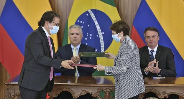 Brasil e Colômbia assinam memorando para cooperação na agricultura