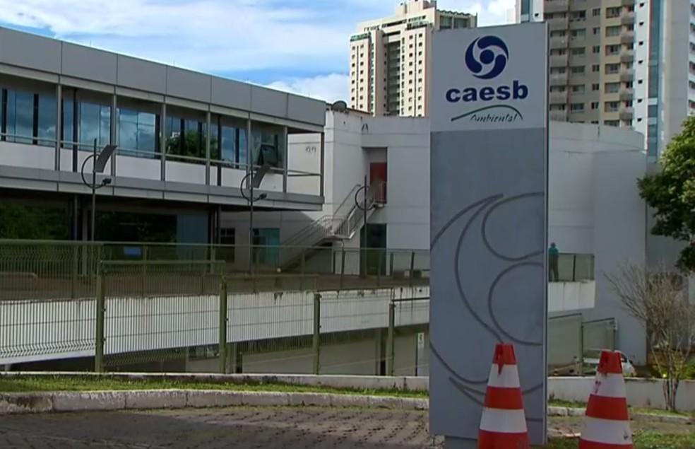 Fachada da Caesb, em Brasília (Foto: Reprodução/TV Globo)